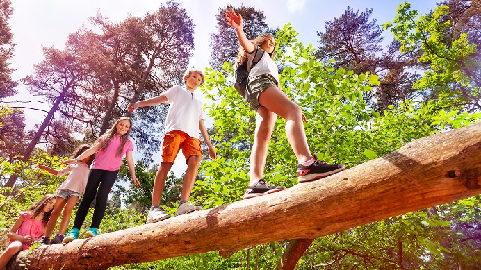 10 FREE SUMMER HOLIDAY ACTIVITIES FOR KIDS